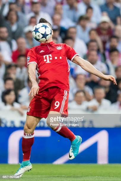 Robert Lewandowski of FC Bayern Munich in action during their 201617 UEFA Champions League Quarterfinals second leg match between Real Madrid and FC...