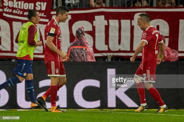 Robert Lewandowski of Muenchen celebrate a goal during the Bundesliga match between FC Bayern Muenchen and Bayer 04 Leverkusen at Allianz Arena on...