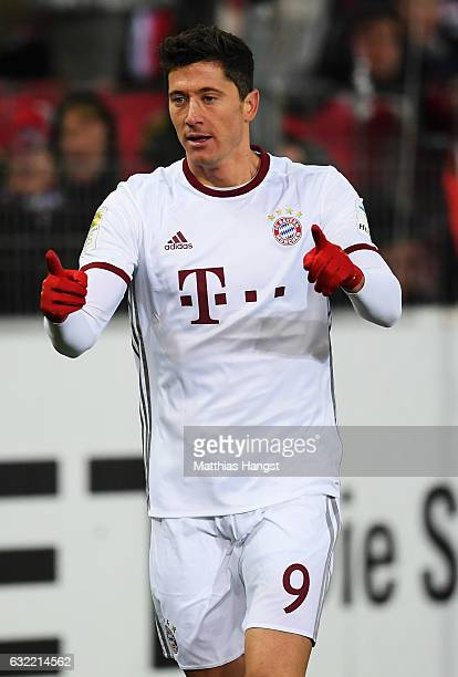 Robert Lewandowski of Muenchen celebrates scoring his goal during the Bundesliga match between SC Freiburg and Bayern Muenchen at SchwarzwaldStadion...