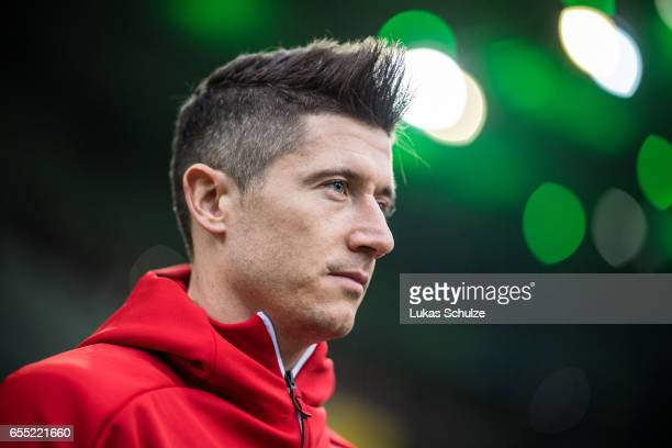 Robert Lewandowski of Munich is seen prior to the Bundesliga match between Borussia Moenchengladbach and Bayern Muenchen at BorussiaPark on March 19...