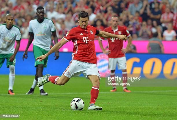 Robert Lewandowski of Munich shoots the goal to 60 during the Bundesliga soccer match between Bayern Munich and Werder Bremen at the Allianz Arena in...