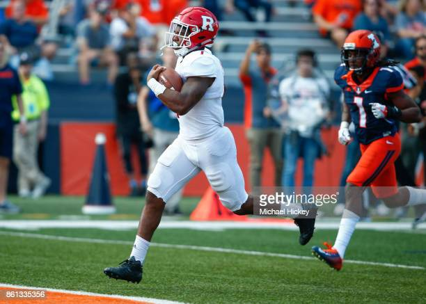 Robert Martin of the Rutgers Scarlet Knights scores a touchdown against the Illinois Fighting Illini at Memorial Stadium on October 14 2017 in...