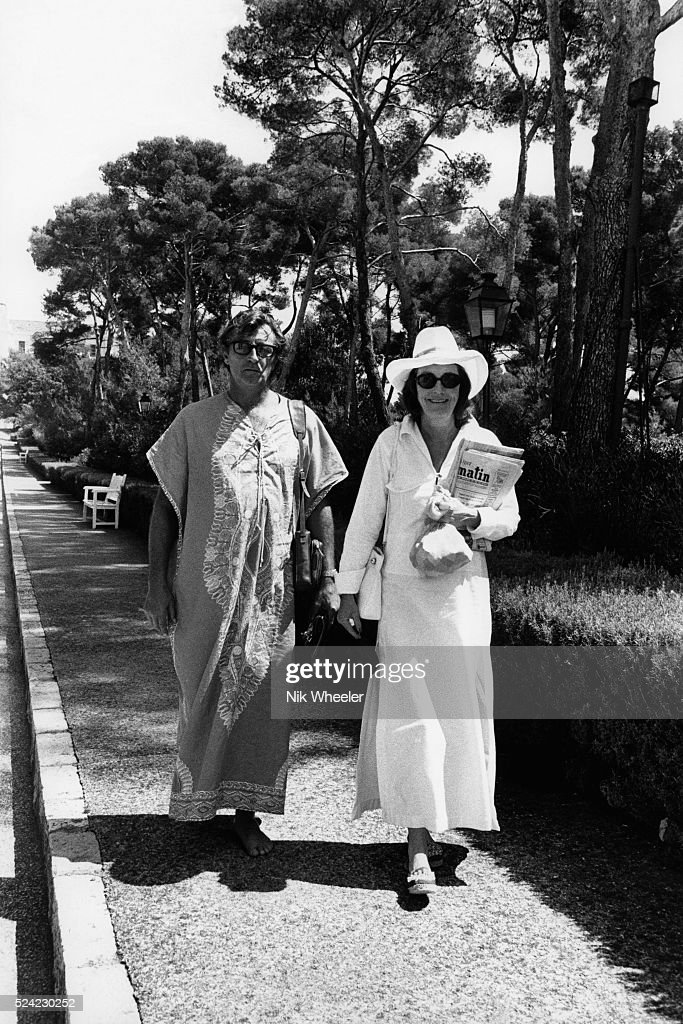 <a gi-track='captionPersonalityLinkClicked' href=/galleries/search?phrase=Robert+Mitchum&family=editorial&specificpeople=206827 ng-click='$event.stopPropagation()'>Robert Mitchum</a> and His Wife On Vacation at Cap d'Antibes