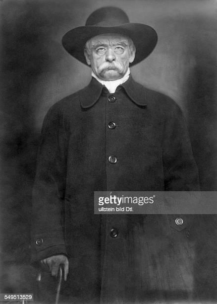 Robert Müller actor Germany role portrait as Reich Chancellor Otto von Bismarck in 'Die Entlassung' published by 'BIZ' 18/1923 photo Elite Berlin