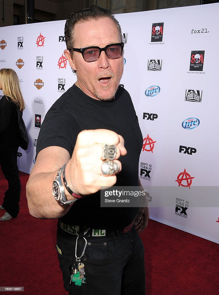 <a gi-track='captionPersonalityLinkClicked' href=/galleries/search?phrase=Robert+Patrick&family=editorial&specificpeople=243027 ng-click='$event.stopPropagation()'>Robert Patrick</a> arrives at the FX's 'Sons Of Anarchy' Season 6 Premiere Screening at Dolby Theatre on September 7, 2013 in Hollywood, California.