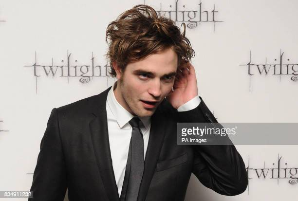 Robert Pattinson arrive at the premiere of Twilight at the Vue West End cinema in London
