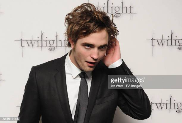 Robert Pattinson arrives at the premiere of Twilight at the Vue West End cinema in central London