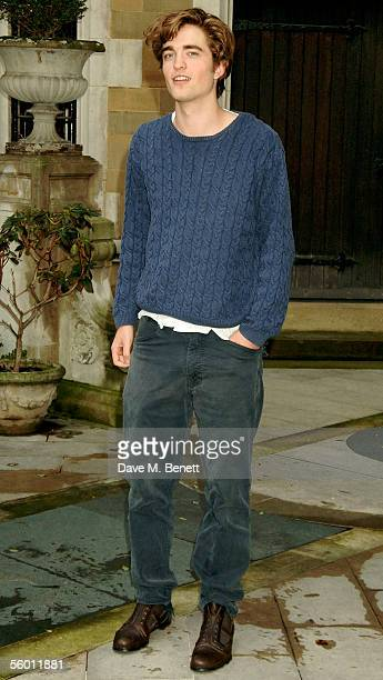Robert Pattinson attends the photocall for the latest Harry Potter film 'Harry Potter and the goblet of Fire' at Merchant Taylors' Hall on October 25...