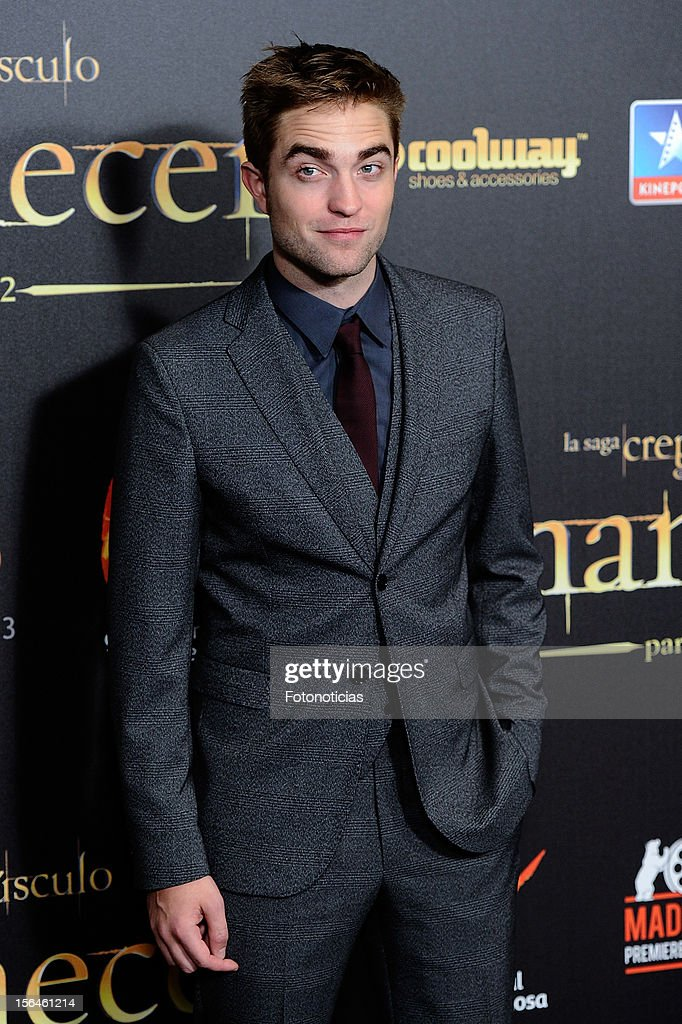 <a gi-track='captionPersonalityLinkClicked' href=/galleries/search?phrase=Robert+Pattinson&family=editorial&specificpeople=734445 ng-click='$event.stopPropagation()'>Robert Pattinson</a> attends the premiere of 'The Twilight Saga: Breaking Dawn - Part 2' (La Saga Crepusculo: Amanecer- Parte 2) at kinepolis Cinema on November 15, 2012 in Madrid, Spain.