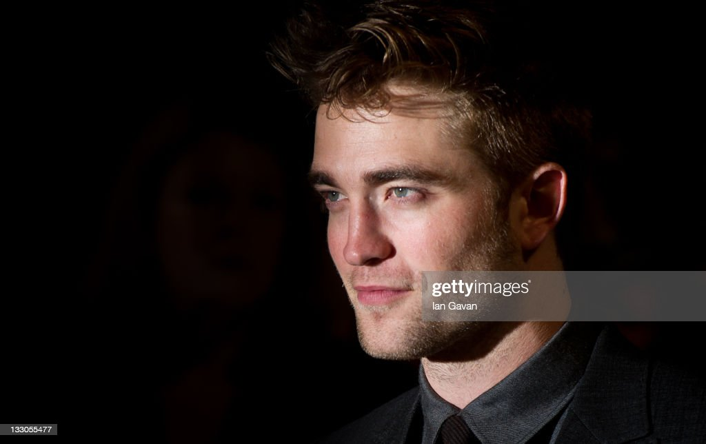 <a gi-track='captionPersonalityLinkClicked' href=/galleries/search?phrase=Robert+Pattinson&family=editorial&specificpeople=734445 ng-click='$event.stopPropagation()'>Robert Pattinson</a> attends the UK premiere of The Twilight Saga: Breaking Dawn Part 1 at Westfield Stratford City on November 16, 2011 in London, England.