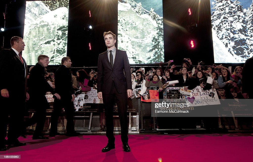 <a gi-track='captionPersonalityLinkClicked' href=/galleries/search?phrase=Robert+Pattinson&family=editorial&specificpeople=734445 ng-click='$event.stopPropagation()'>Robert Pattinson</a> attends the UK Premiere of 'The Twilight Saga: Breaking Dawn - Part 2' at Odeon Leicester Square on November 14, 2012 in London, England.