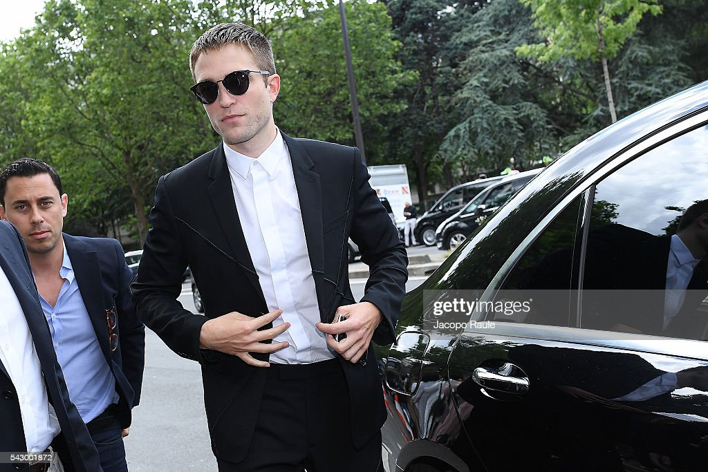 Robert Pattinson is seen arriving at Dior Show during Paris Fashion Week - Menswear Spring/Summer 2017 on June 25, 2016 in Paris, France.