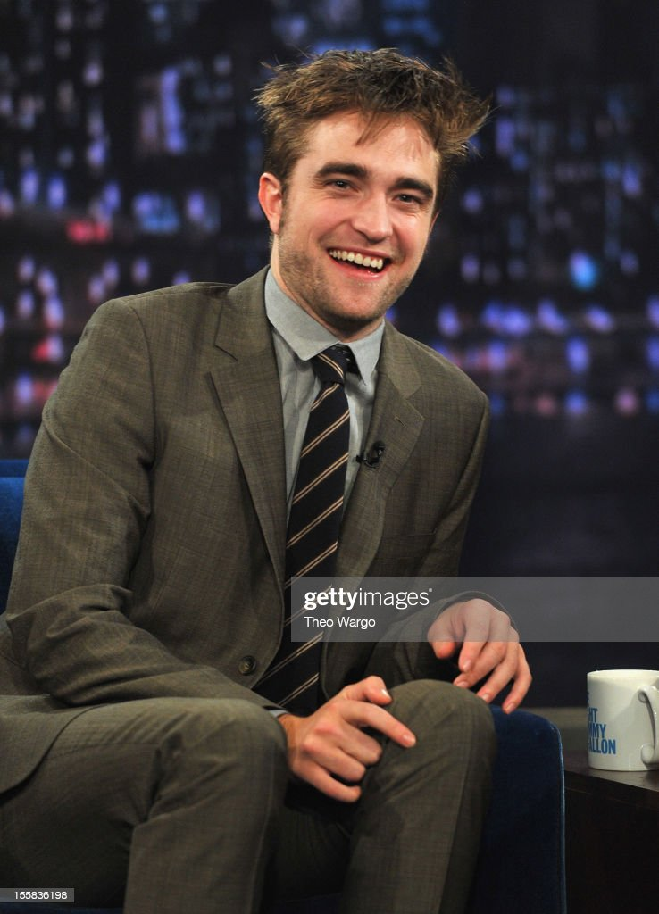 Robert Pattinson visits 'Late Night With Jimmy Fallon' at Rockefeller Center on November 8, 2012 in New York City.