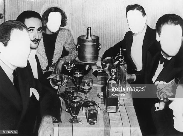 Robert Paul Harley dining out with a group of unidentified friends circa 1935 Harley was was one of the 'Mayfair Men' six upper class criminals who...