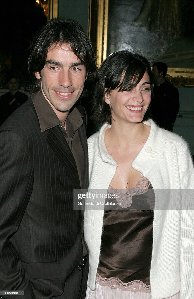 <a gi-track='captionPersonalityLinkClicked' href=/galleries/search?phrase=Robert+Pires&family=editorial&specificpeople=167225 ng-click='$event.stopPropagation()'>Robert Pires</a> with his wife during The Renault French Film Season 2005 Press Launch at Institute of Directors in London, Great Britain.