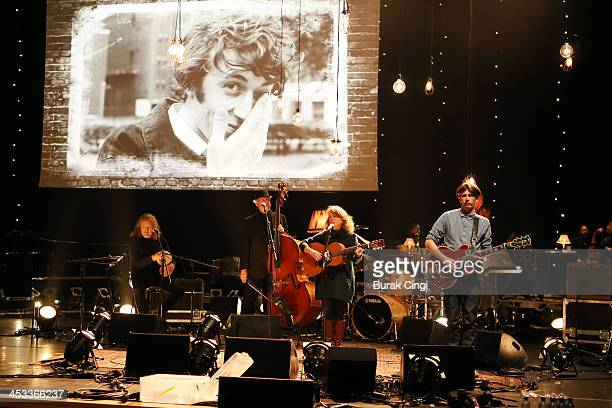 Robert Plant Danny Thompson Bonnie Dobson and Bernard Butler perform on stage during 'Celebration Of Bert Jansch' at the Royal Festival Hall on...