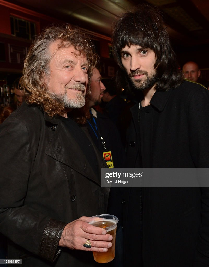 <a gi-track='captionPersonalityLinkClicked' href=/galleries/search?phrase=Robert+Plant&family=editorial&specificpeople=211368 ng-click='$event.stopPropagation()'>Robert Plant</a> from Led Zeppelin (L) and <a gi-track='captionPersonalityLinkClicked' href=/galleries/search?phrase=Serge+Pizzorno&family=editorial&specificpeople=212934 ng-click='$event.stopPropagation()'>Serge Pizzorno</a> of Kasabian attend the UK Premiere of 'Led Zeppelin: Celebration Day' at Hammersmith Apollo on October 12, 2012 in London, England.