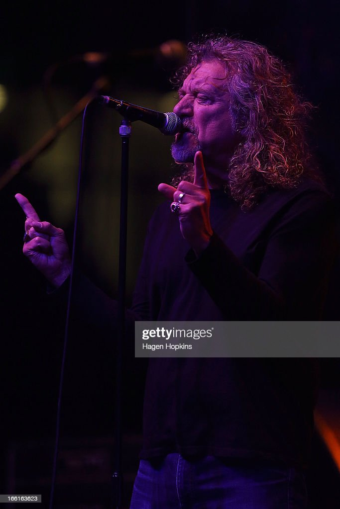 <a gi-track='captionPersonalityLinkClicked' href=/galleries/search?phrase=Robert+Plant&family=editorial&specificpeople=211368 ng-click='$event.stopPropagation()'>Robert Plant</a> performs live on stage at TSB Arena on April 9, 2013 in Wellington, New Zealand.