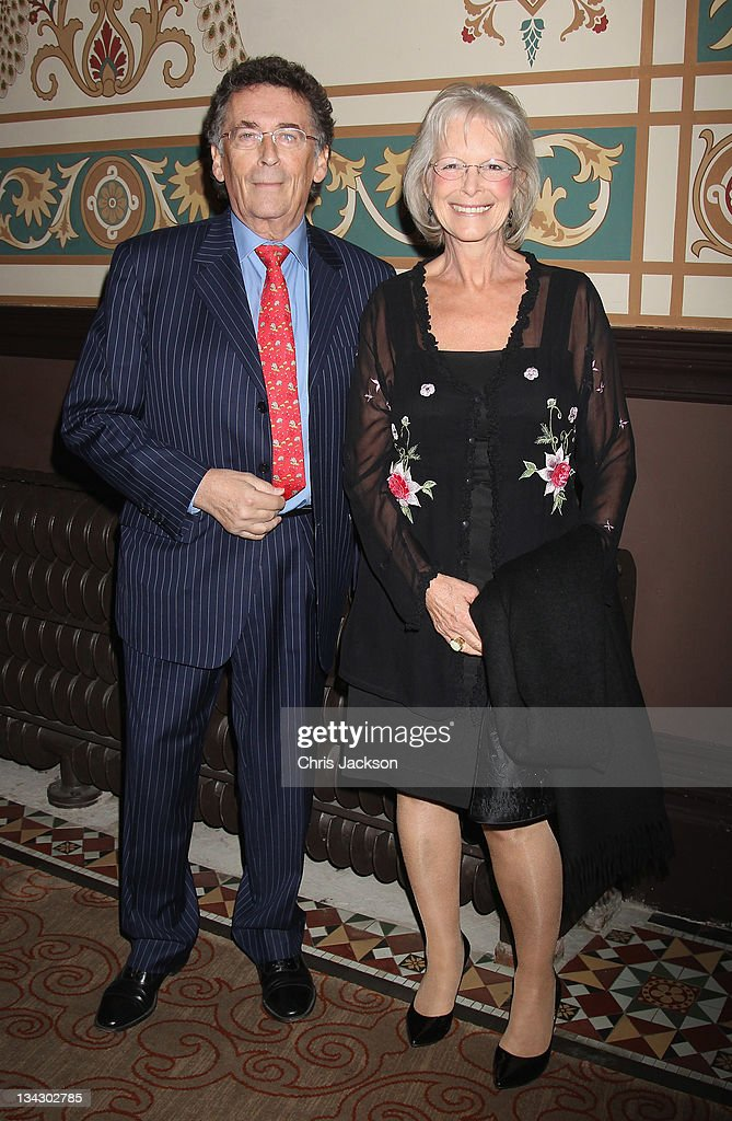 <a gi-track='captionPersonalityLinkClicked' href=/galleries/search?phrase=Robert+Powell+-+English+Actor&family=editorial&specificpeople=15110621 ng-click='$event.stopPropagation()'>Robert Powell</a> attends Hidden Gems Photography Gala Auction in support of Variety Club at St Pancras Renaissance Hotel on November 30, 2011 in London, England.
