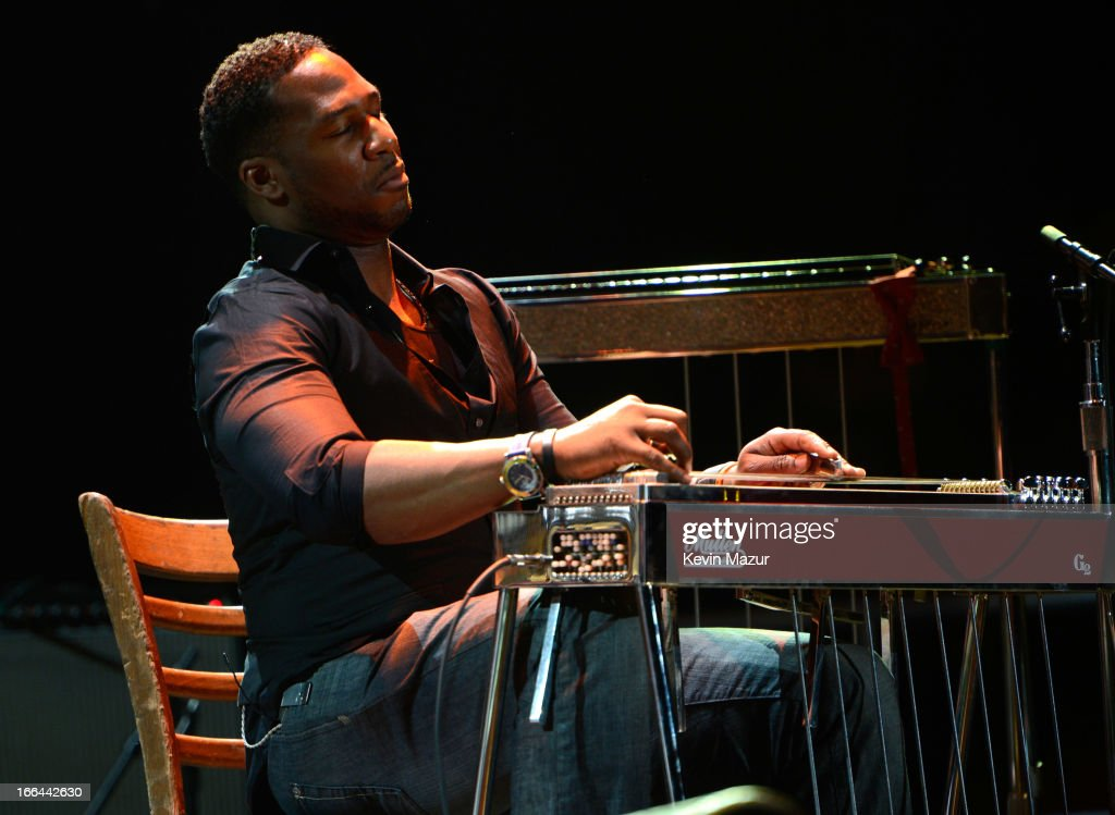 Robert Randolph performs on stage during the 2013 Crossroads Guitar Festival at Madison Square Garden on April 12, 2013 in New York City.
