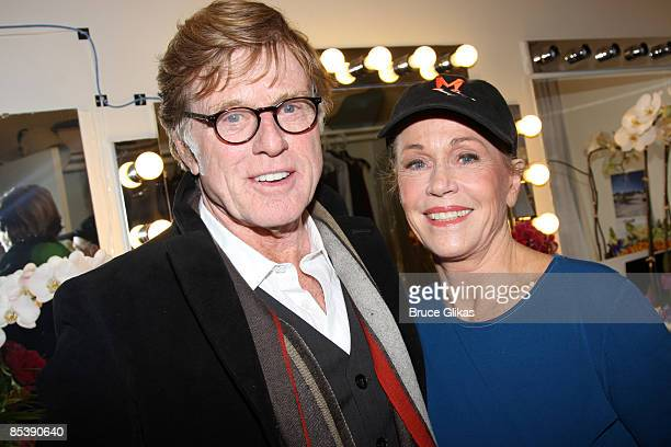 COVERAGE* Robert Redford and Jane Fonda who costarred in the films 'Barefoot in The Park' 'The Chase' and 'The Electric Horseman' pose backstage at...