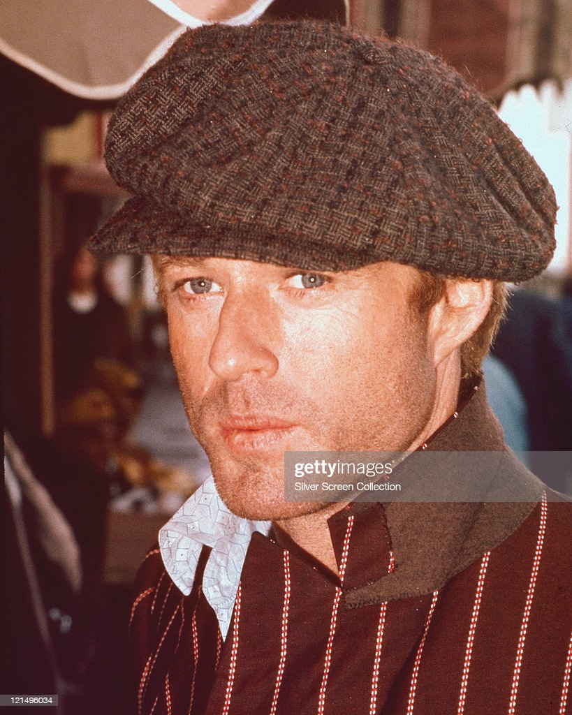 Robert Redford US actor unshaven and wearing a large flat cap in a publicity still issued for the film 'The Sting' 1973 The crime comedy directed by...