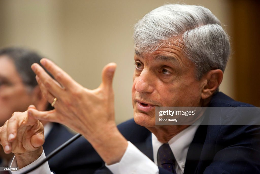 <a gi-track='captionPersonalityLinkClicked' href=/galleries/search?phrase=Robert+Rubin&family=editorial&specificpeople=209190 ng-click='$event.stopPropagation()'>Robert Rubin</a>, former chairman of Citigroup Inc.'s executive committee, testifies at a hearing of the Financial Crisis Inquiry Commission in Washington, D.C., U.S., on Thursday, April 8, 2010. Former Chief Executive Officer Charles O. 'Chuck' Prince said he wasn't aware of the mortgage-related securities that caused the bank's biggest losses until the financial crisis struck. Photographer: Joshua Roberts/Bloomberg via Getty Images
