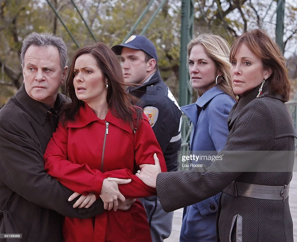 LIVE - Robert S. Woods (Bo), Florencia Lozano (Tea), extra, Kassie DePaiva (Blair) and Hillary B. Smith (Norah) in a scene to begin airing the week of December 7, 2009 on ABC Daytime's 'One Life to Live.' 'One Life to Live' airs Monday-Friday (2:00 p.m. - 3:00 p.m., ET) on the ABC Television Network. OLTL09 (Photo by Lou Rocco/ABC via Getty Images) ROBERT