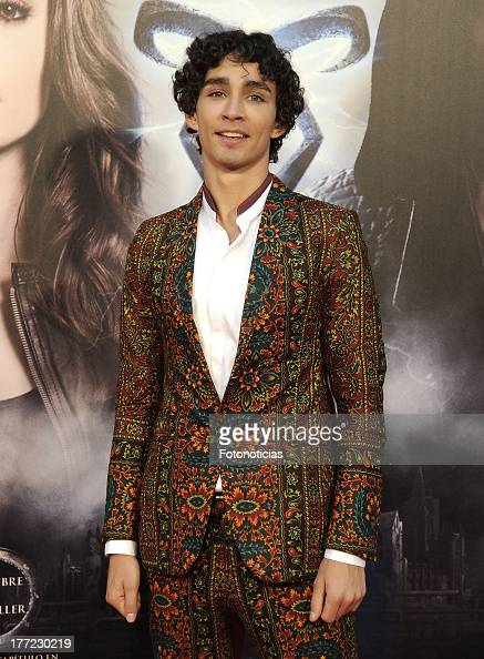 Robert Sheehan Stock Photos and Pictures | Getty Images