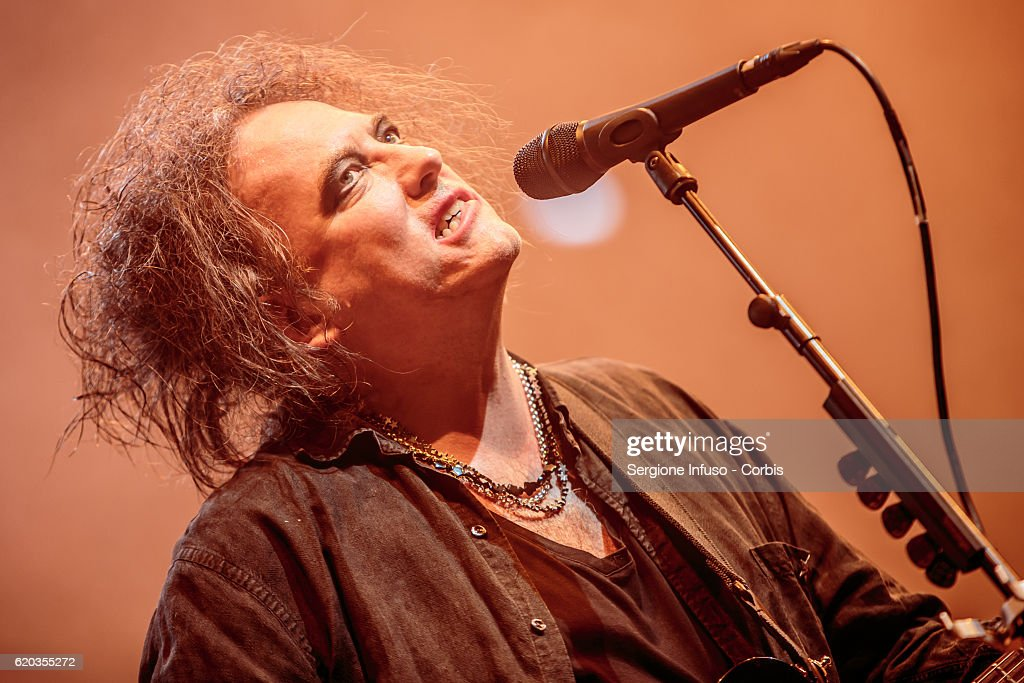 The Cure Perform In Milan