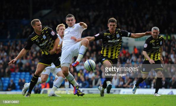 Robert Snodgrass of Leeds scores to make it 11 during the npower Championship match between Leeds United and Cardiff City at Elland Road on October...
