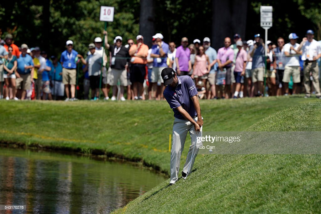 <a gi-track='captionPersonalityLinkClicked' href=/galleries/search?phrase=Robert+Streb&family=editorial&specificpeople=8745572 ng-click='$event.stopPropagation()'>Robert Streb</a> plays a shot onto the 10th green during the final round of the Quicken Loans National at Congressional Country Club on June 26, 2016 in Bethesda, Maryland.