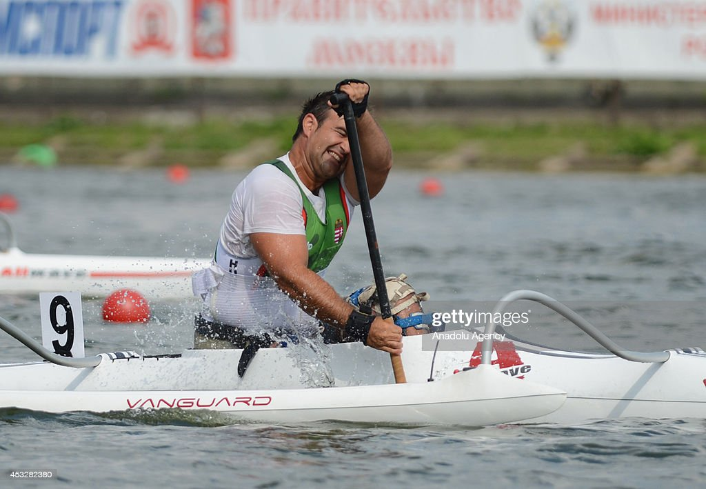 Robert Suba of Hungary competes in the men's V1 (A) 200m final of the 2014 ICF Canoe Sprint World hampionships in Moscow, Russia on August 6, 2014.