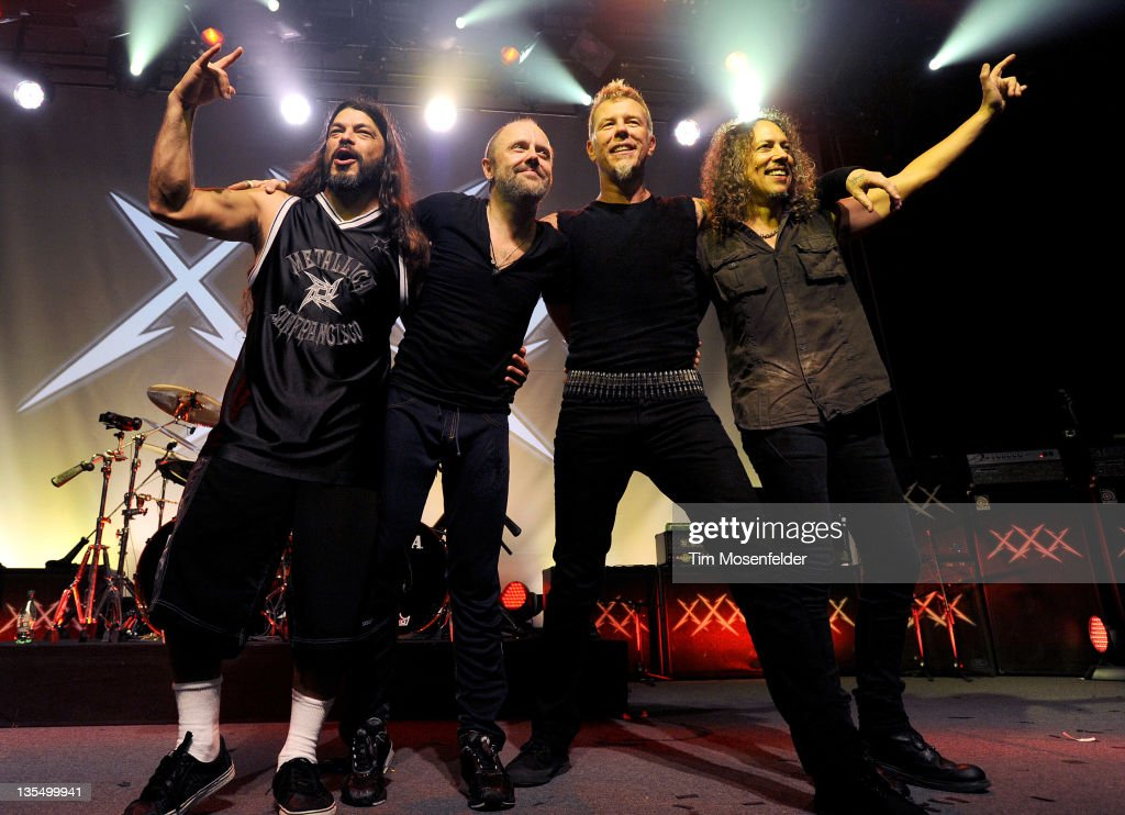 Robert Trujillo Lars Ulrich James Hetfield and Kirk Hammett bid the crowd farewell at Day Four of the Metallica 30th Anniversary shows at The...