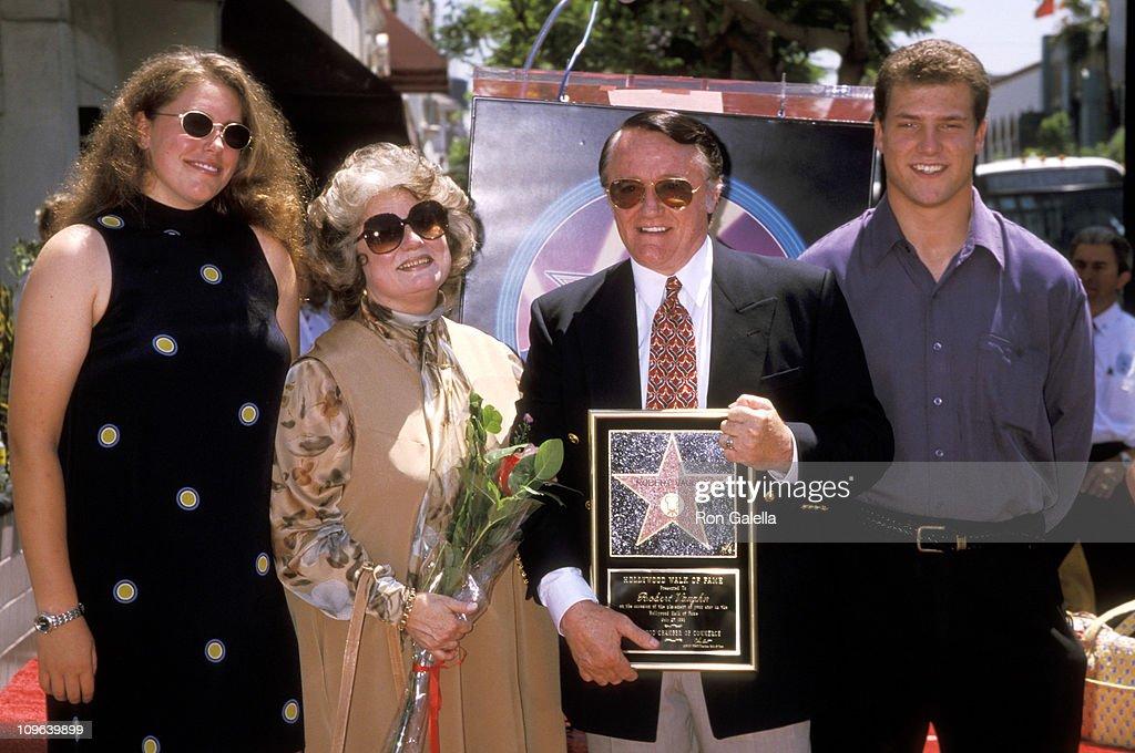 Robert Vaugh, wife Linda Staab, daughter Caitlin Vaughn, and son Cassidy Vaughn
