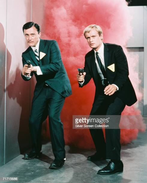Robert Vaughn as Napoleon Solo and David McCallum as Illya Kuryakin in popular TV series 'The 'Man from UNCLE' circa 1965