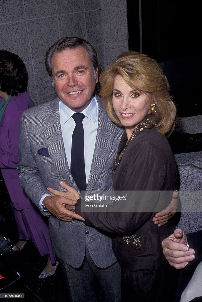 Robert wagner and stefanie powers during stephanie powers honored with