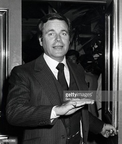 Robert Wagner during Gregory Peck and Robert Wagner Sighting at Jimmy's Restaurant January 2 1981 at Jimmy's Restaurant in Beverly Hills California...