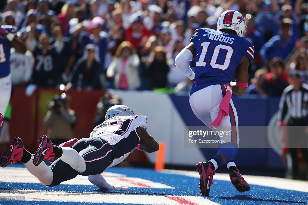 Robert Woods #10 of the Buffalo Bills makes a touchdown catch past <a gi-track='captionPersonalityLinkClicked' href=/galleries/search?phrase=Alfonzo+Dennard&family=editorial&specificpeople=5651216 ng-click='$event.stopPropagation()'>Alfonzo Dennard</a> #37 of the New England Patriots during the first half at Ralph Wilson Stadium on October 12, 2014 in Orchard Park, New York.