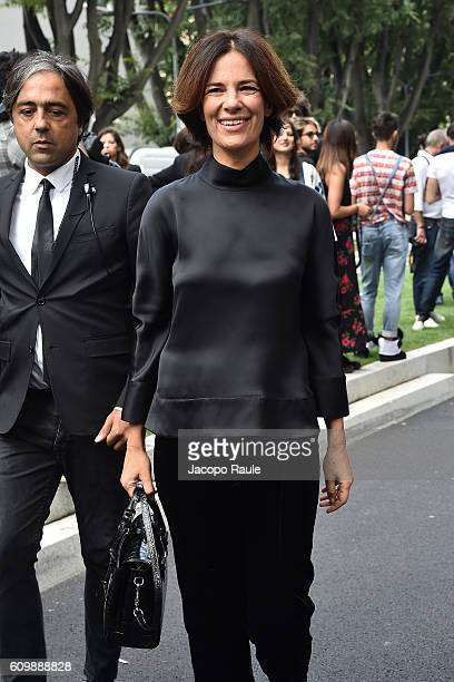 Roberta Armani arrives at the Giorgio Armani show during Milan Fashion Week Spring/Summer 2017 on September 23 2016 in Milan Italy