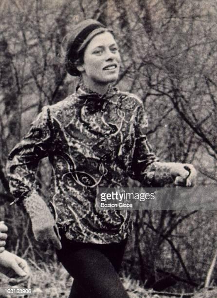 Roberta 'Bobbi' Gibb runs in the Boston Marathon April 19 1967