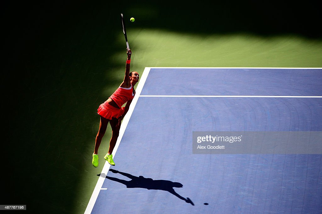 <a gi-track='captionPersonalityLinkClicked' href=/galleries/search?phrase=Roberta+Vinci&family=editorial&specificpeople=633555 ng-click='$event.stopPropagation()'>Roberta Vinci</a> of Italy serves to Serena Williams of the United States during their Women's Singles Semifinals match on Day Twelve of the 2015 US Open at the USTA Billie Jean King National Tennis Center on September 11, 2015 in the Flushing neighborhood of the Queens borough of New York City.