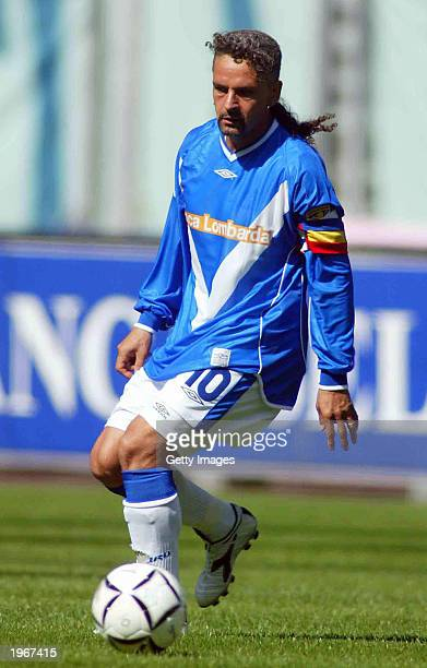 Roberto Baggio of Brescia in action during the Serie A match between Juventus and Brescia played at the Stadio Delle Alpi Turin Italy on April 27 2003