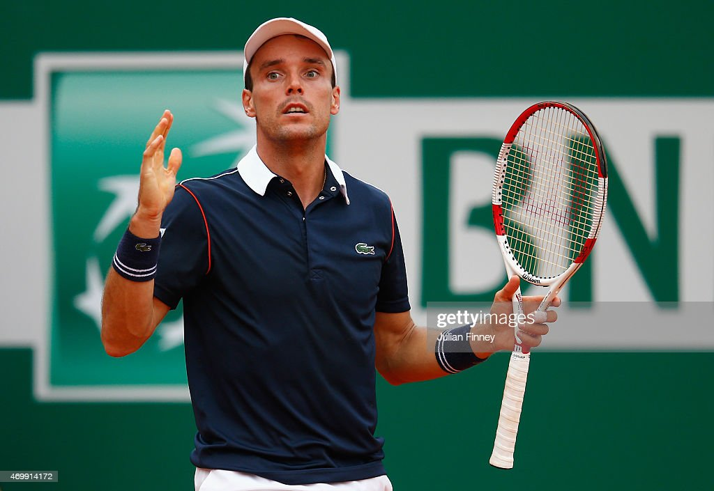 Roberto Bautista Agut of Spain reacts against Tomas Berdych of Czech Republic during day five of the Monte Carlo Rolex Masters tennis at the Monte-Carlo Sporting Club on April 16, 2015 in Monte-Carlo, Monaco.