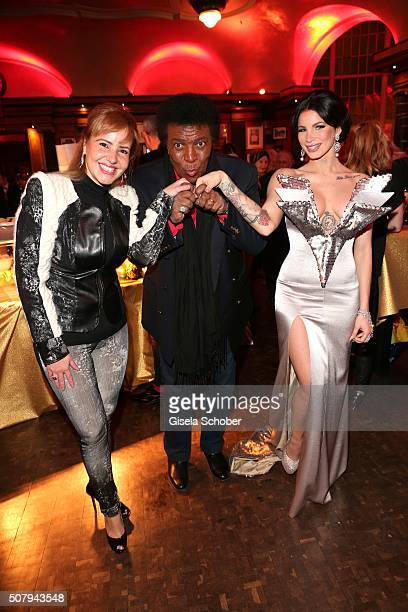 Roberto Blanco and his wife Luzandra Blanco and singer Jean Pearl during the Lambertz Monday Night 2016 at Alter Wartesaal on February 1 2016 in...