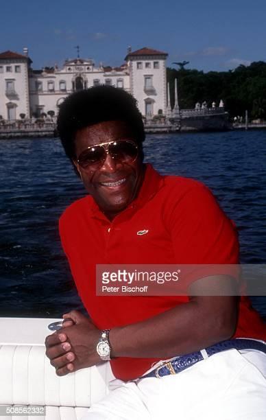 'Roberto Blanco private Bootsfahrt während PromotionReise seiner spanisch gesungenen LP ''Por tu amor'' am in Miami USA '