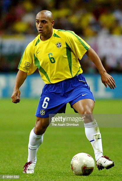 Roberto Carlos of Brazil in action during the FIFA World Cup Korea/Japan semi final match between Brazil and Turkey at the Saitama Stadium on June 25...
