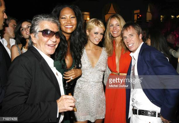 57596418 stock photos and pictures getty images - Simmons simmons paris ...