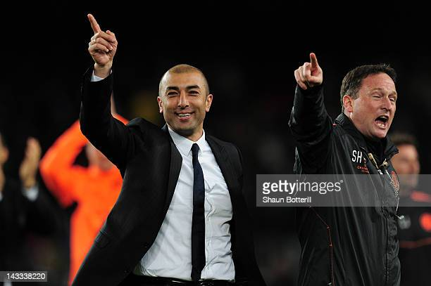 Roberto Di Matteo caretaker manager of Chelsea celebrates victory at the final whistle during the UEFA Champions League Semi Final second leg match...