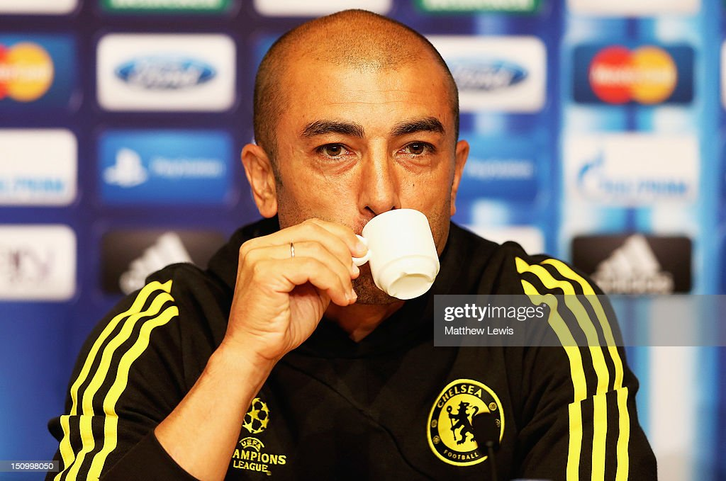 <a gi-track='captionPersonalityLinkClicked' href=/galleries/search?phrase=Roberto+Di+Matteo&family=editorial&specificpeople=2380083 ng-click='$event.stopPropagation()'>Roberto Di Matteo</a>, manager of Chelsea during a press conference at the Grimaldi Forum on August 30, 2012 in Monaco, Monaco.